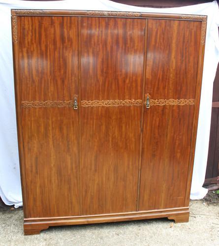 1940s Large 3 Door Mahogany Wardrobe with Good Interior (1 of 4)