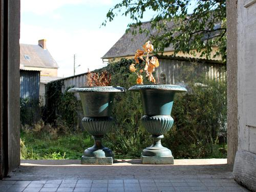 Large Pair of 1950s French Cast Iron Urns (1 of 4)