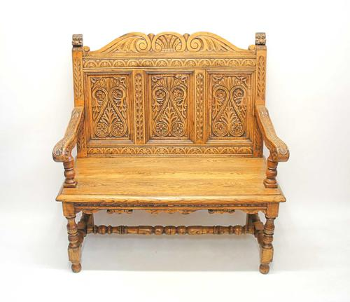 Good Quality  Reproduction  Carved Oak Settle or Hall Seat (1 of 17)