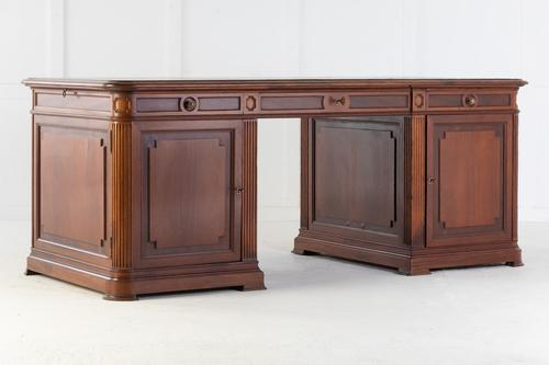 Large 1940s French Mahogany Desk with Leather Top (1 of 9)