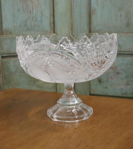 Large French Tazza Etched Cristal Pedestal Fruit Dish (1 of 5)