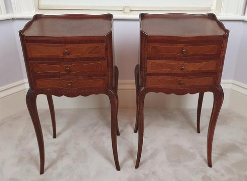 Early 20th Century Pair of Inlaid Kingwood Bedside Cabinets (1 of 5)