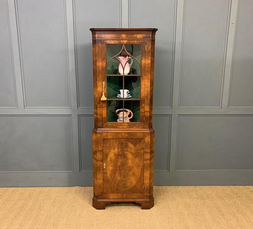 Good Burr Walnut Corner Cabinet (1 of 7)