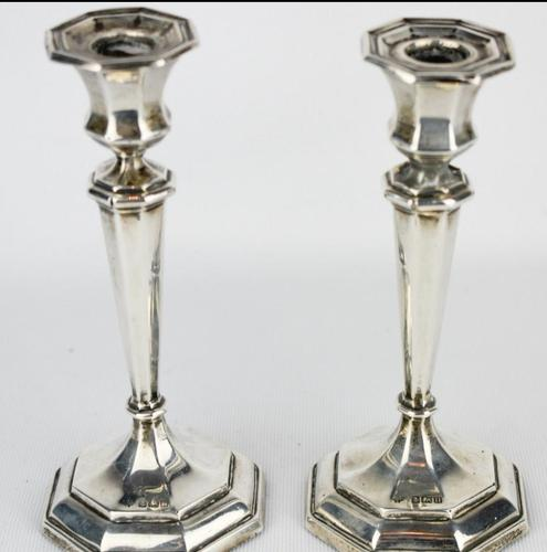 1912-1913 Birmingham William Hutton & Sons Silver Candlesticks (1 of 10)