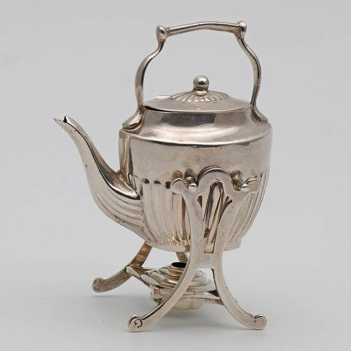 Edwardian Silver Miniature Novelty Toy Tipping Kettle Chester 1917 (1 of 3)