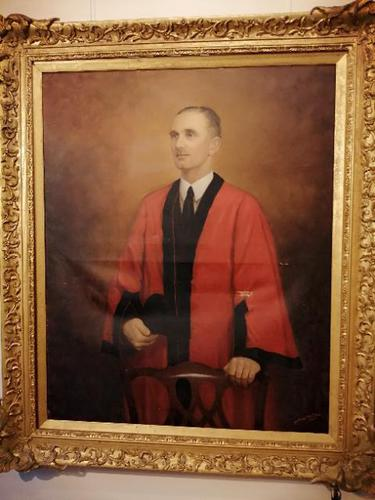 Large Portrait on Canvas of a Former Mayor of Exeter (1 of 6)