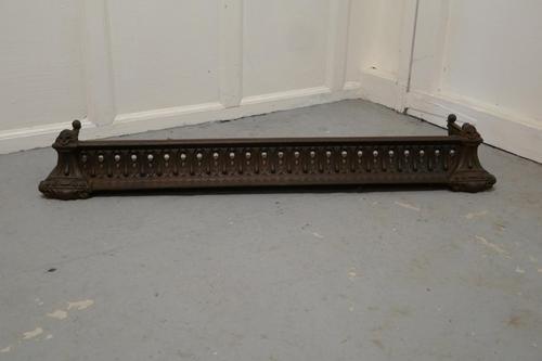 Victorian Pierced Cast Iron Fender (1 of 7)