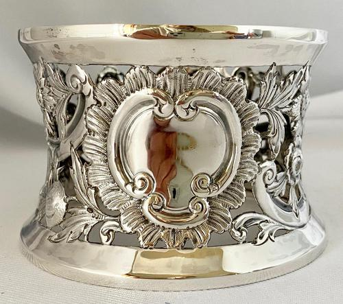 Rare Silver Irish Dish 'Potato' Ring. Dublin 1902 (1 of 6)