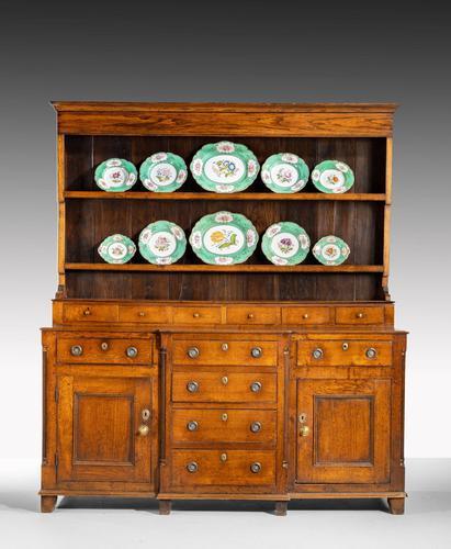 Handsome George III Period Oak Dresser & Rack (1 of 9)