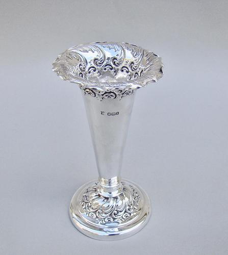 Victorian Solid Silver Vase by The Fenton Brothers, Sheffield 1900 (1 of 6)