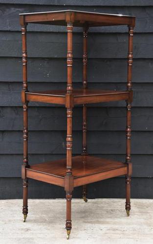 Fine Quality 19th Century Georgian Mahogany Three Tier Whatnot / Display Stand / Shelves. (1 of 11)