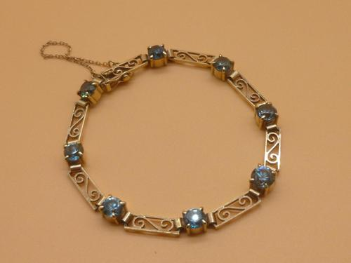 9ct Gold And Blue Zircon Bracelet (1 of 6)