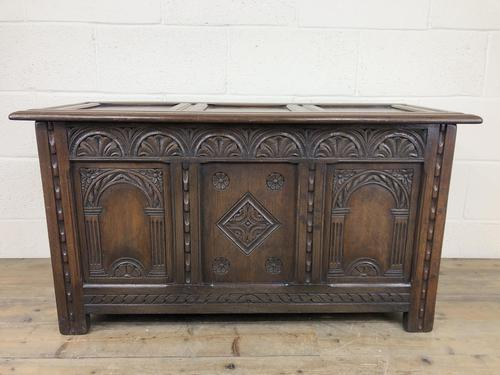Early 20th Century Carved Oak Coffer or Blanket Box (1 of 12)