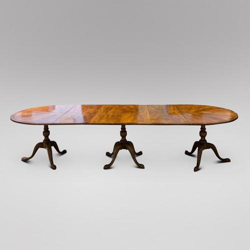 Walnut Dining Table with two leaves and three pedestals c.1900 (1 of 5)