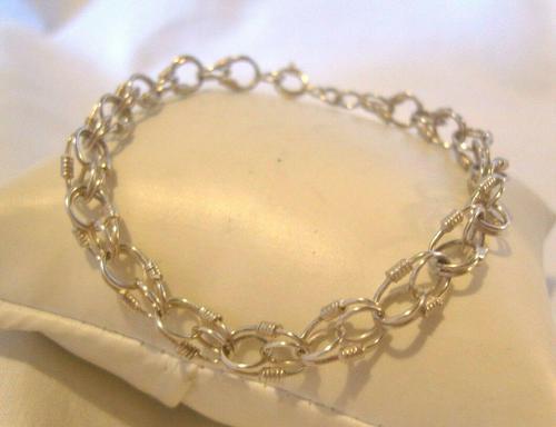 "Vintage Silver Bracelet 1970s Wire Coil Links 7 1/4"" Length (1 of 9)"