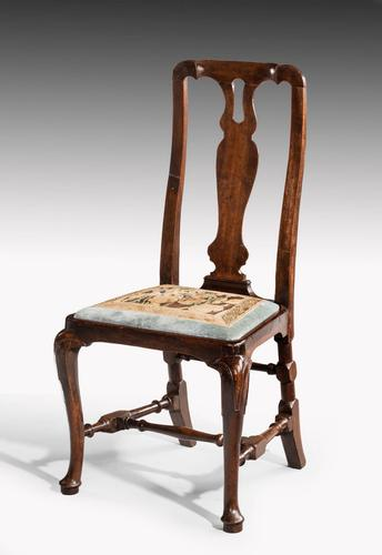 Queen Anne Period Walnut Single Chair of Elegant Shape (1 of 7)