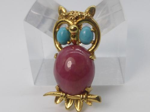 9ct Gold Owl Brooch (1 of 6)