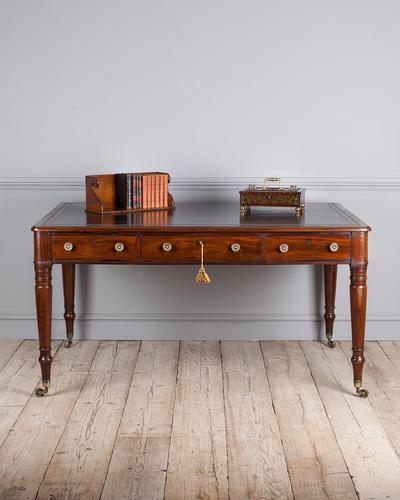 Important Early 19th Century Mahogany Library Table (1 of 8)