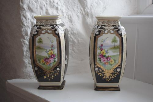 Pair of Early 20th Century Japanese Noritake Vases (1 of 10)