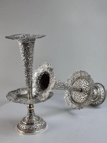 Stunning Large Pair of Indian Silver Floral Trumpet Vases c.1890 (1 of 13)
