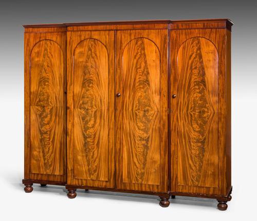 Mid 19th Century Mahogany Wardrobe (1 of 7)