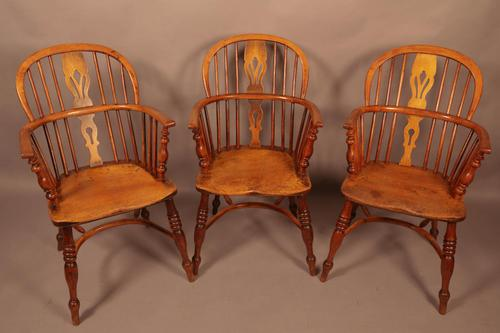 Set of 3 low Back Windsor Chairs (1 of 8)