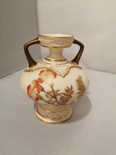 Royal Worcester Twin Handled Small Vase (1 of 5)
