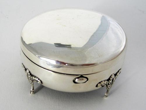 Edwardian Circular Silver Jewellery or Trinket Box with Push Button Latch (1 of 5)