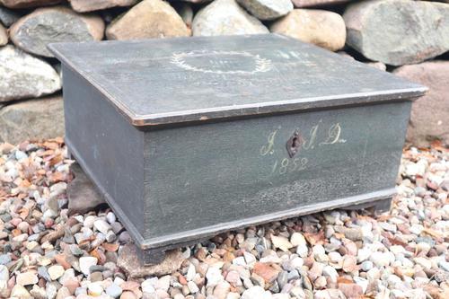 Scandinavian / Swedish 'Folk Art' original paint green/blue large table/alms/bible box raised on feet 1852 (1 of 36)