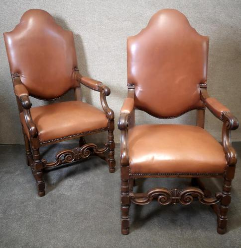 Large Pair of Oak & Leather Armchairs (1 of 11)