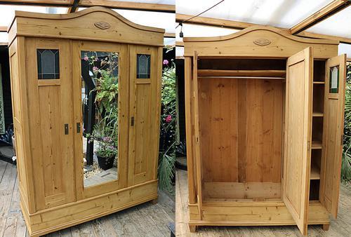 Fabulous Old Pine Triple 'Knock Down' Arts & Crafts Wardrobe (1 of 11)