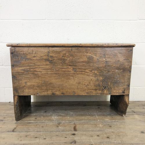 18th Century Oak Coffer (1 of 10)