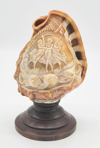 Vintage Italian Carved Cameo Conch Shell Lamp (1 of 5)