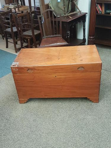 Large Camphor Chest (1 of 5)