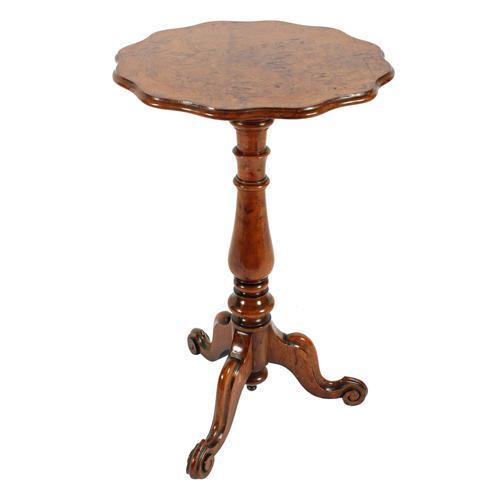 Victorian Figured Oak Tripod Table (1 of 8)