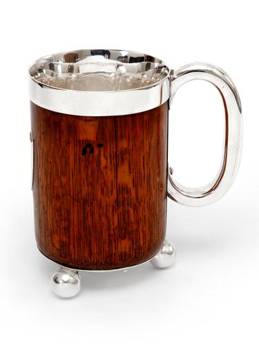 Antique John Grinsell & Son Oak and Silver Plate Half Pint Tankard (1 of 4)