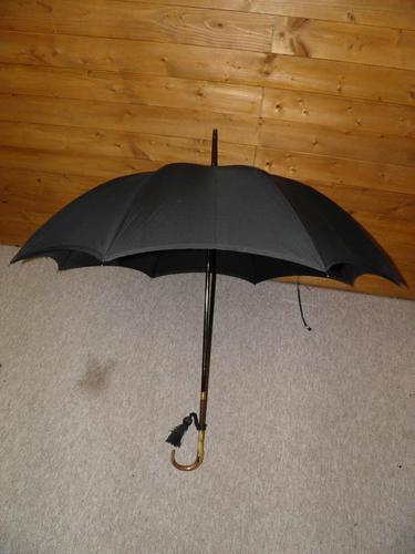 Antique Repousse Gold Plated Umbrella with Black Canopy by Kendall (1 of 16)