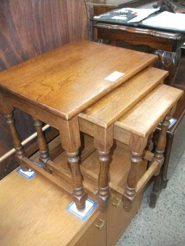 Nest of Three Solid Oak Occasional Tables (1 of 2)