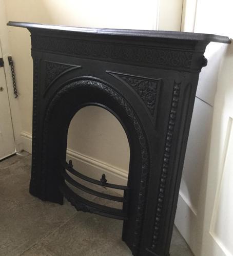 Fine Victorian Cast Iron Fireplace & Grate (1 of 4)