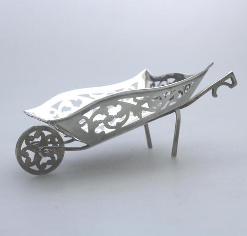Rare Solid Silver Novelty Wheelbarrow Dish c.1908 (1 of 8)