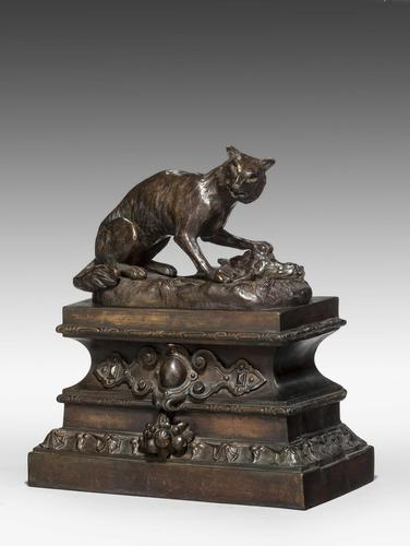 Pair of Bronze Foxes (1 of 4)