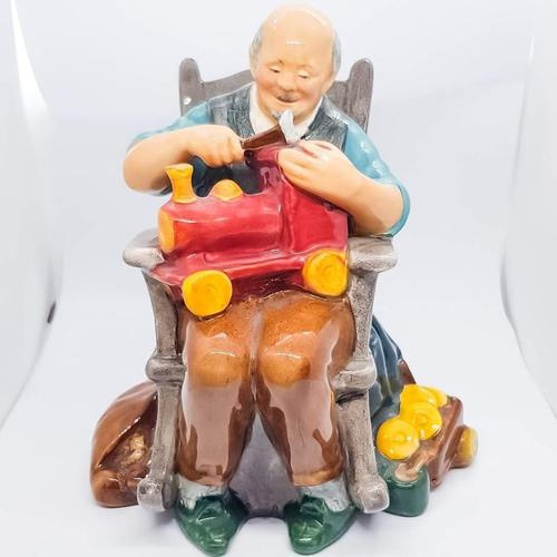 Royal Doulton The Toy Maker HN 2250 (1 of 5)