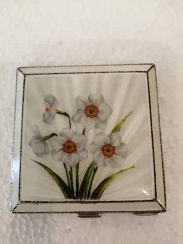 Wonderful Silver Mounted Guilloche Enamel Powder Compact (1 of 9)