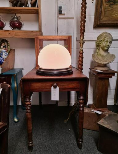 Art Deco Table Lamp / Sphere Lamp 1920s Interior (1 of 6)