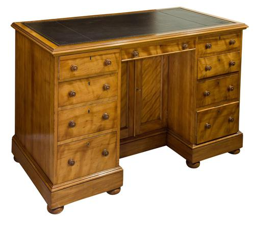 Quilted Birch Kneehole Desk (1 of 8)