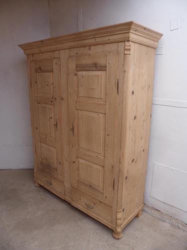 Original Georgian 3 Piece Antique Pine 2 Door Wardrobe to wax / paint (1 of 12)