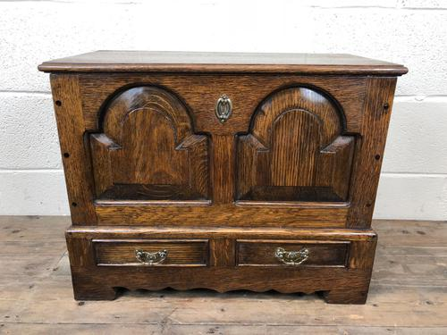 Antique 18th Century Style Welsh Oak Coffer Bach (1 of 14)