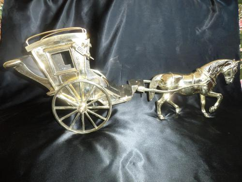 Solid Brass Model of a Hansom Can & Horse (1 of 6)