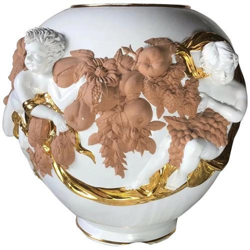 Beautiful Hollywood Regency Style Oversized Porcelain & Terracotta Cherub Floor Vase (1 of 52)