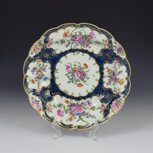 First Period Worcester Porcelain Blue Scale Junket Dish c.1770 (1 of 8)